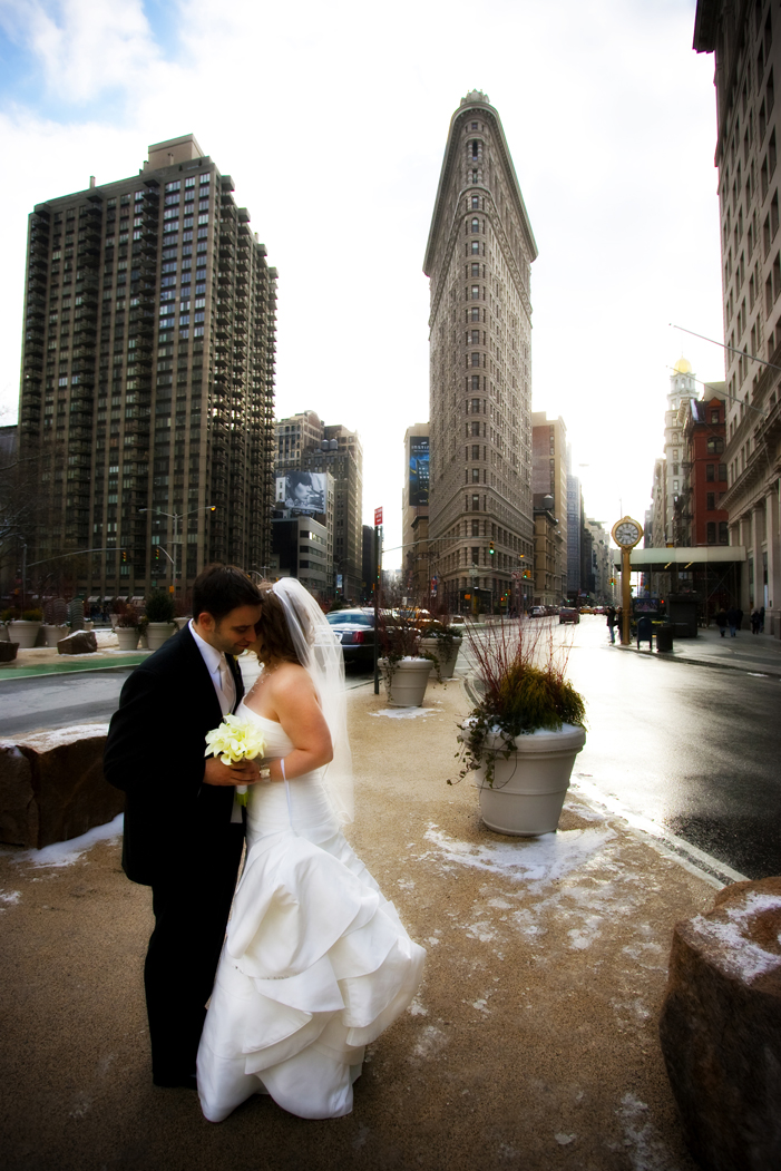 what to see while choosing a new york wedding photographer