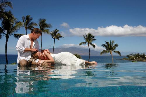 One Of The Best Ways To Recover From Planning Stress A Dream Wedding Is Luxury Honeymoon There Are Many Wonderful Locations Throughout World