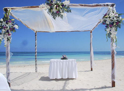 Things To Consider Before Planning A Beach Wedding