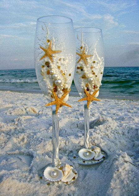beach wedding toasting flutes 1