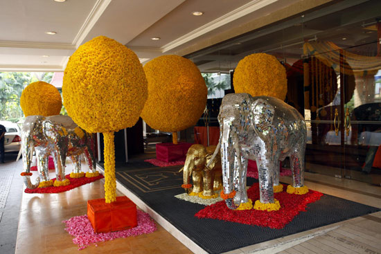 wedding theme marigold