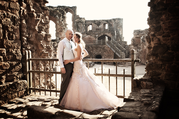 wedding in Kenilworth Castle