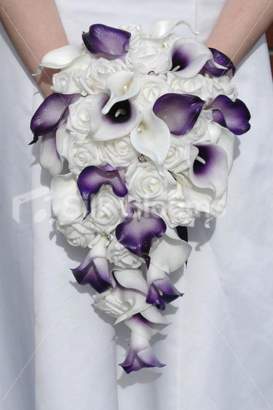 white,purple bouquet