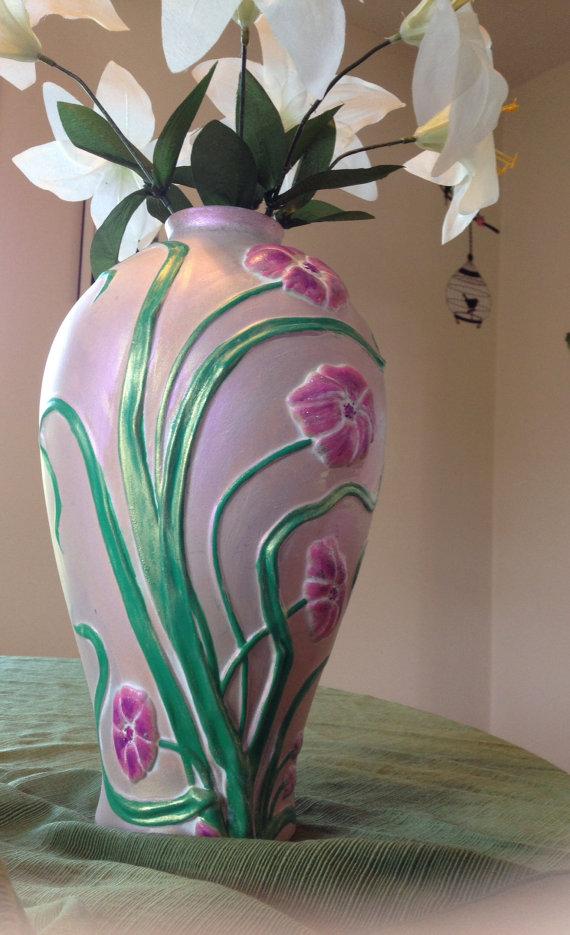 deco floral terracota vase