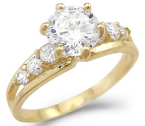 cubic-zirconia-engagement-rings-yellow-gold