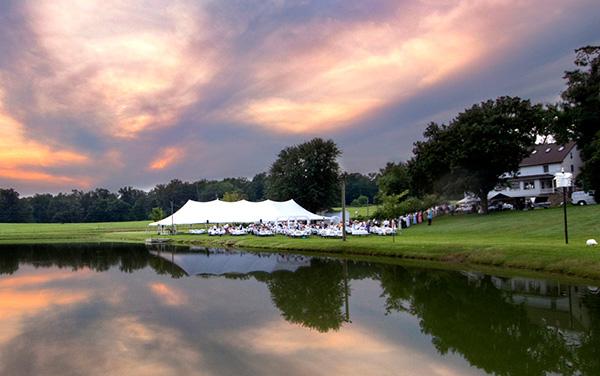 outdoor wedding at lake