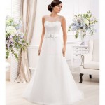 a line chapel train organza lace low roundscooped-neck wedding dress