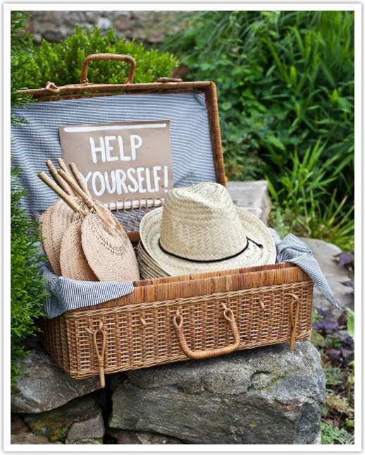 Wedding Ideas For Summer Outside: Summer Wedding Planning Tips - Keep Your Guests Cool