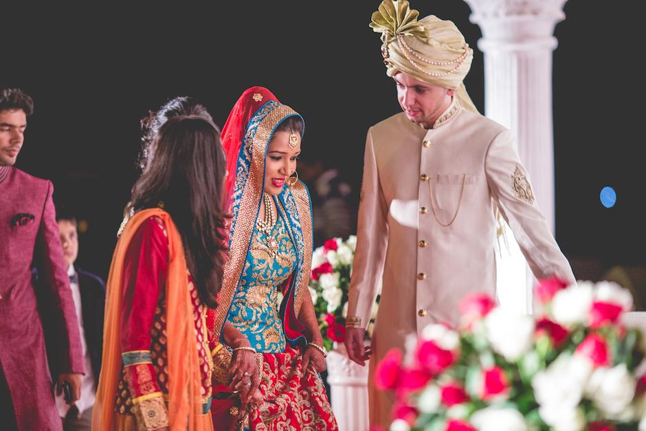 candid wedding photography by ShaadiGraPher