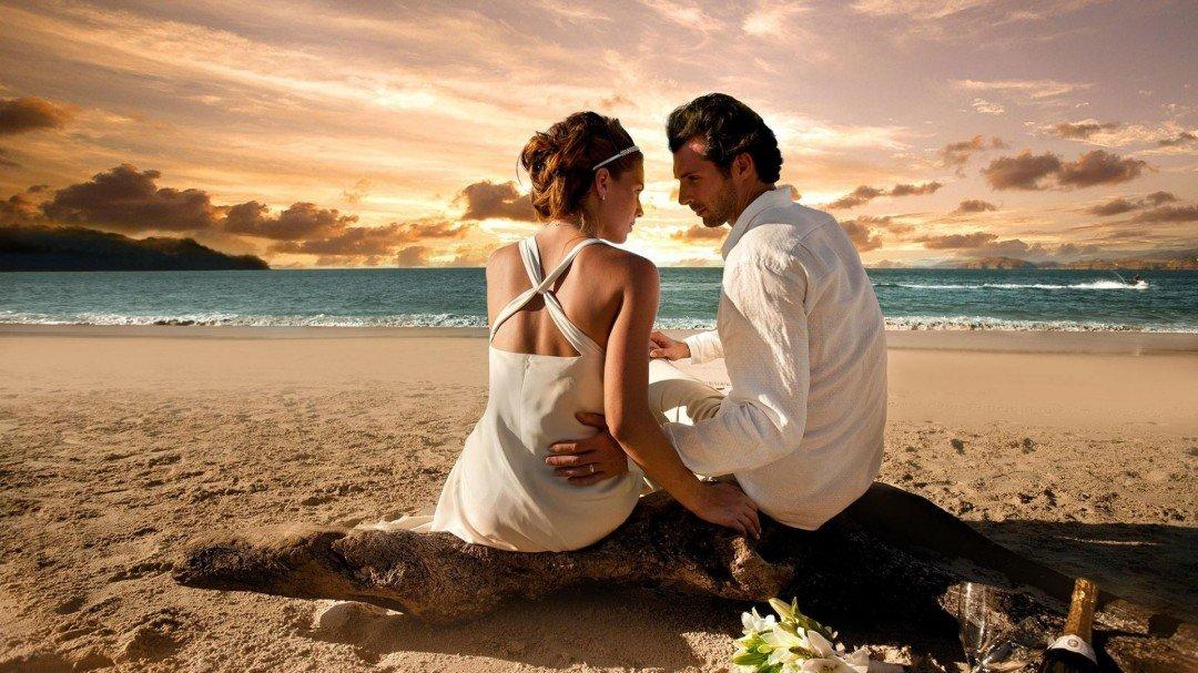 Romantic Maui Beach Wedding