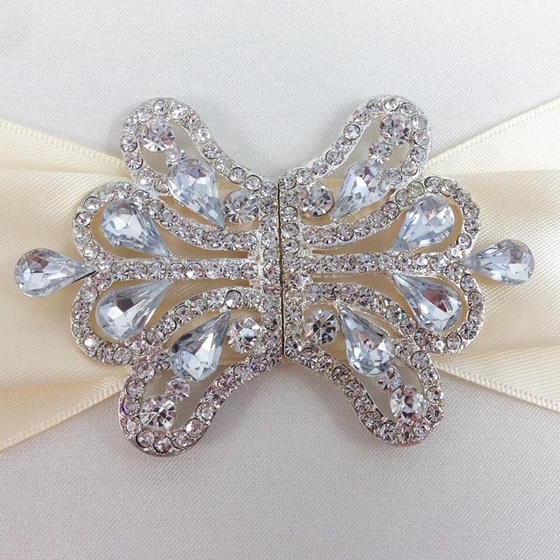 rhinestonre crystal brooch