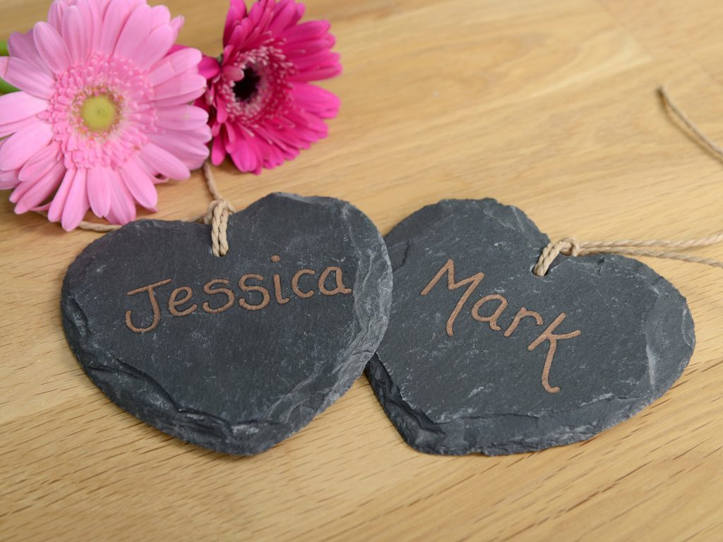 Little Gems Online personalised hanging hearts