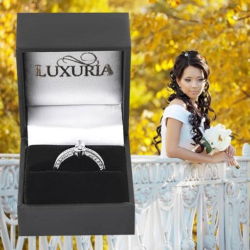Fake diamond rings for travel Luxuria